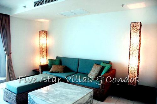 Condominium for rent on Pattaya Beach at NORTHSHORE showing the sitting area