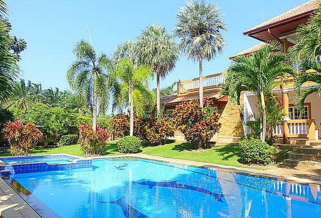 House for sale Pattaya on Phoenix Golf Course - House - Huai Yai - Huay Yai