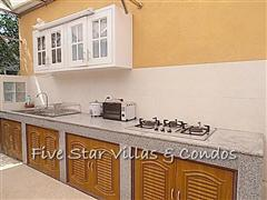 House for rent Pattaya at Siam Royal View showing the Thai kitchen
