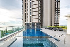 Condominium for sale Wong Amat showing the communal pool