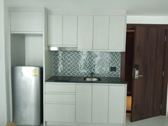 Condominium for sale Wong Amat showing the kitchen