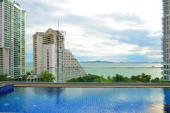 Condominium for sale Wong Amat showing the rooftop pool