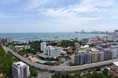 Condominium for Rent Pattaya showing the view from Pattaya bay