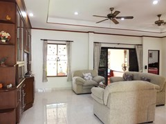 House for rent Bangsaray Pattaya showing the living and outside terrace