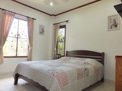 House for rent Bangsaray Pattaya showing the third bedroom