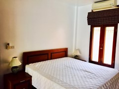 House for rent Mabprachan Pattaya showing a bedroom