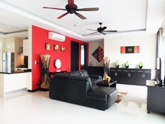 House for rent Mabprachan Pattaya showing the living room
