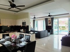 House for rent Mabprachan Pattaya showing the open plan concept