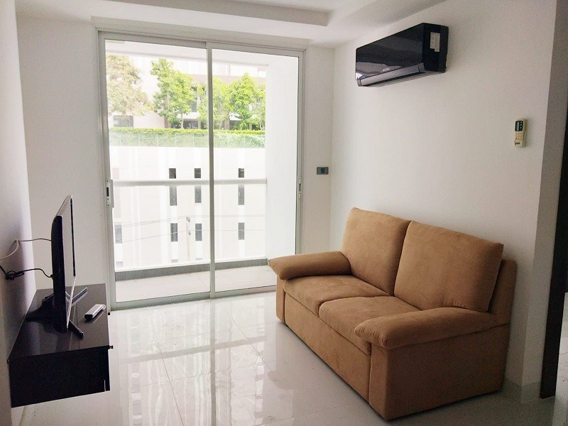 Condominium for sale Wong Amat showing the living room