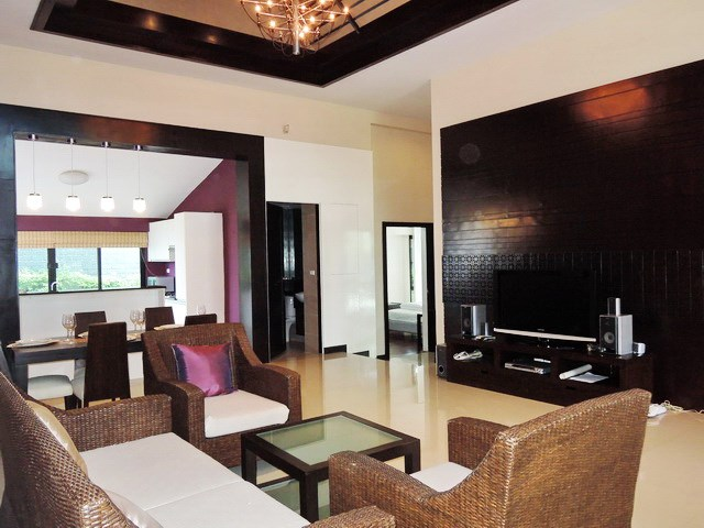 House for rent Pattaya showing the living area
