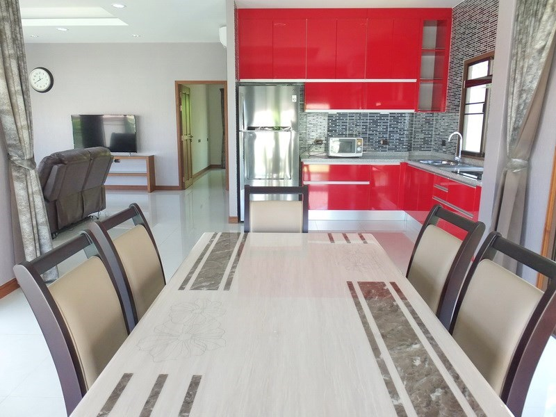 House for sale Huay yai Pattaya showing the dining and kitchen areas