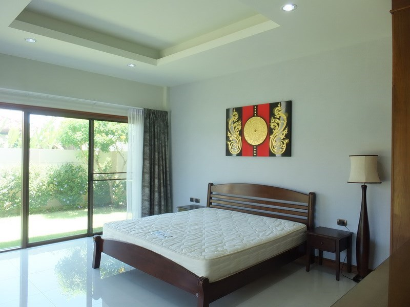 House for sale Huay yai Pattaya showing the master bedroom