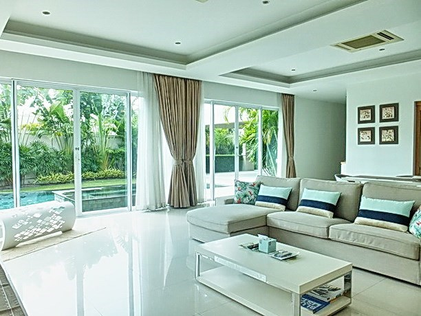 House for Sale at The Vineyard Pattaya showing the living area pool view