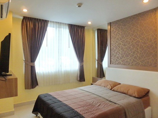 Condominium for rent Jomtien Pattaya showing the master bedroom