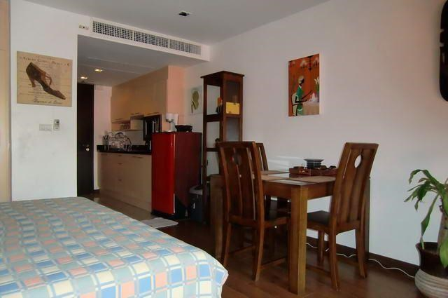Condominium for Rent Pattaya Beach showing the dining area