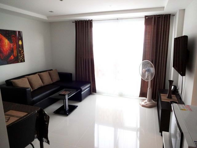 Condominium for rent South Pattaya showing the open plan concept