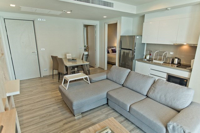 Condominium for sale Wongamat Pattaya showing the open plan concept