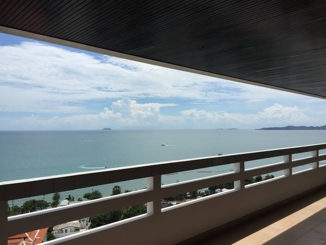 Condominium for Sale Jomtien Beach - Condominium -  - Dong Tarn Beach