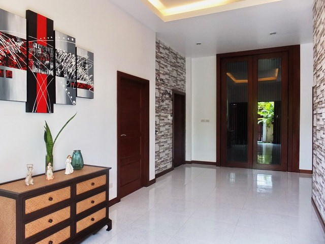House for rent Huay Yai Pattaya showing the entrance