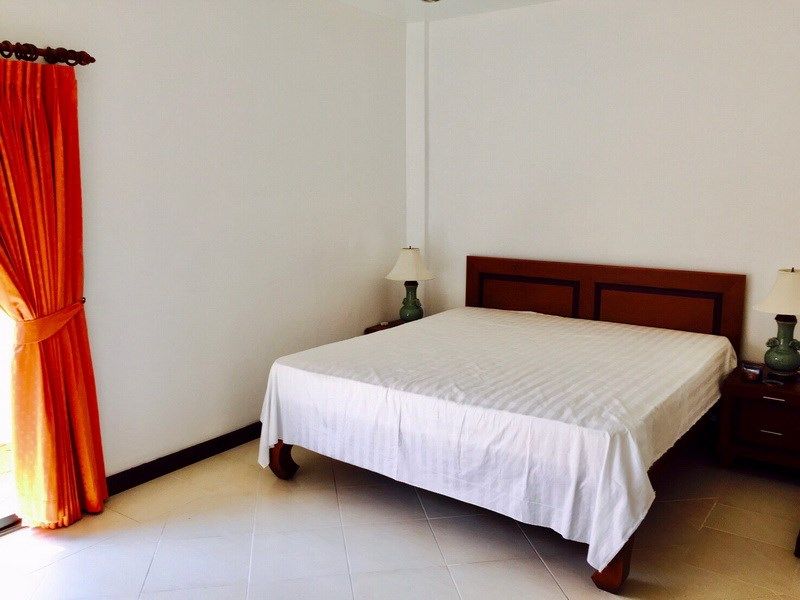 House for rent Mabprachan Pattaya showing a further bedroom