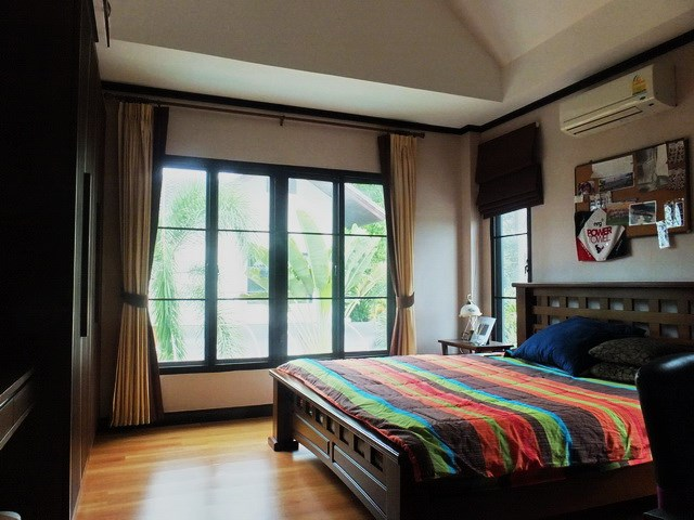 House for sale East Pattaya showing the second bedroom with built-in wardrobe