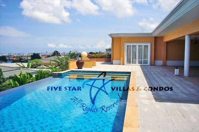House for rent at Siam Royal View Pattaya showing the pool and terrace